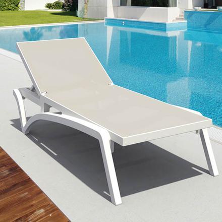 bain de soleil piscine