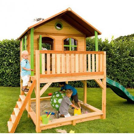 cabane pour enfant en bois