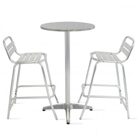 chaise mange debout