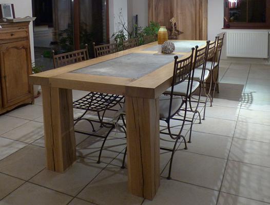 grande table de salle à manger